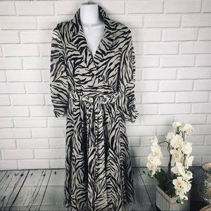 Jones New York wrap Dress size 12 animal print
